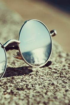 Photo by asim alnamat. Discover more free photos from asim on Pexels: https://www.pexels.com/u/asim-razan/ #beach #sunglasses #sand