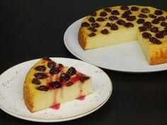 Καλοκαιρινή γαλατόπιτα με βύσσινα Cheesecake, Pudding, Sweets, Ethnic Recipes, Desserts, Food, Strawberries, Tailgate Desserts, Deserts