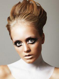 big eyes - white eyeliner on waterline and under eye, black line under that - editorial, avant garde, chic, fashion, costume #halloween