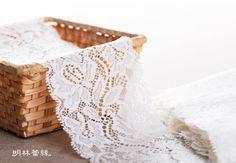 http://minglinlace.com/明林蕾絲小天馬拉雪兒蕾絲條碼古典花款台灣製米白色