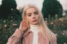 cherry pie - Chloe Sheppard