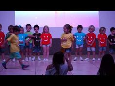 Fiesta Fin de Curso Educación Infantil 2/8 - YouTube Youtube, Family Guy, Guys, Fictional Characters, Musica, Costumes, Sons, Fantasy Characters, Youtube Movies