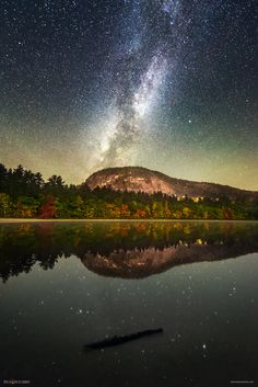 Night at Echo Lake New Hampshire  fall foliage and the night sky [20481367][OC] #reddit