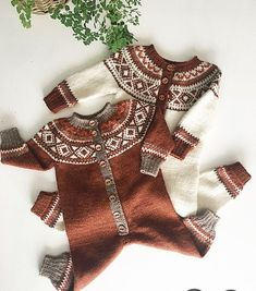 Baby Knitting Patterns Men SIMON DRESSEN The little child& Simon design :) Here is the match to already exist . Knitting For Kids, Baby Knitting Patterns, Diy Knitting Projects, Cardigan Bebe, Fair Isle Knitting, Crochet Baby, Knitwear, Kids Outfits, Kids Fashion