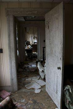 Abandoned Home Ithaca NY  #abandoned #home #ithaca #photography