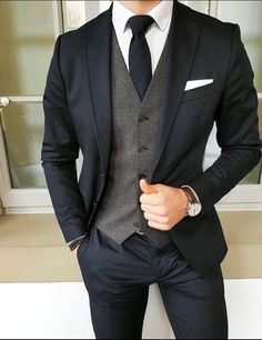 Wedding Suits Dark suit and tie with grey vest Mode Costume, Mens Fashion Suits, Mens Suits Style, Mens Smart Fashion, Suit Styles For Men, Men's Fashion, Fashion Guide, Cheap Fashion, Fashion Photo