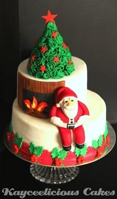 Christmas cakes (needs a plate of tiny cookies)