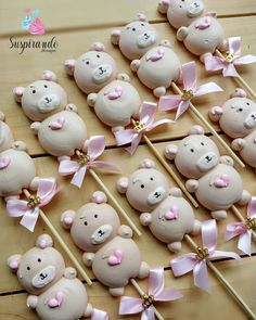 Cake Decoration Meringue Royal Icing Recipes 51 Ideas For 2019 Meringue Desserts, Meringue Cookies, Cute Desserts, Macaroons, Gourmet Recipes, Sweet Recipes, Meringue Kisses, Cookie Pops, Cookie Designs