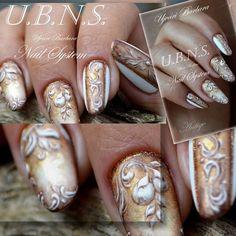 """#ujvaribarbara#antique#nails#goldnails#gold#handpainting#handmade#luxury"""