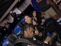 Kylie Jenner throws epic bday bash for Travis Scott at Six Flags because hes never been Kardashian Family, Kardashian Jenner, Kendall Jenner, Six Flags, Travis Scott Kylie Jenner, Kylie Jenna, Kylie Baby, Cute Relationship Goals, Mode Streetwear