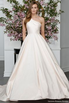 Legends Romona Keveza Spring 2016 Wedding Dresses | Wedding Inspirasi
