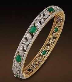 N Liquid Metal Sergio Gutierrez – Finest Jewelry Diamond Bracelets, Gold Bangles, Bangle Bracelets, Gold Jewelry, Jewellery, Best Diamond, Silver Diamonds, Bracelet Designs, Indian Jewelry