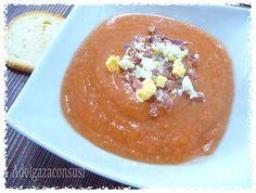 Recetas Light - Adelgazaconsusi: Salmorejo Light ( espesado sin pan!!!) Cocina Light, Menu Dieta, Spanish Dishes, Gazpacho, Food And Drink, Pudding, Sweets, Meals, Desserts