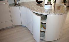 Runde Küchenschränke Kitchen, Home Decor, Carpenter, Circuit, Closet, Cuisine, Kitchens, Interior Design, Home Interior Design