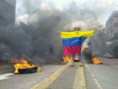 The world to see the reality that is in Venezuela. #PrayForVenezuela #SOSVenezuela