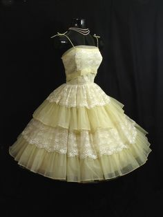 Vintage Lemon Yellow Chiffon Organza Lace Tiered Party Prom Wedding Dress via Etsy Yellow Lace Dresses, Cute Dresses, 50s Dresses, Short Dresses, Fashion Dresses, Vintage Clothing, Vintage Dresses, 50s Clothing, Vintage Outfits