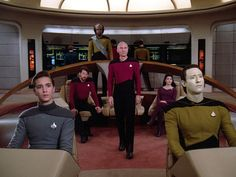 5 Ways Star Trek: TNG Would Be Different if They Made It Now - Popular Mechanics