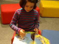 Colegio Villar y Macías. 3º de Educación Infantil (VI) Hacer Escuela: El mundo de los cuentos    Fotografías realizadas a los grupos escolares y a los alumnos que han visitado la exposición.