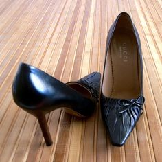 """🌴Host Pick🌴Authentic Gucci Leather pumps Wardrobe Goals Host Pick by Wendy @warrior04 6/18/16💕Size 6.  Measures about 9 3/4"""" from heel to toe point, 2 3/4"""" at the widest part and 3 3/4"""" heel height.  Black leather, stacked wooden stiletto heels and cute bow accent.  In excellent pre-owned condition with light wear on bottom soles.  No box or dustbag. No trades Gucci Shoes Heels"""