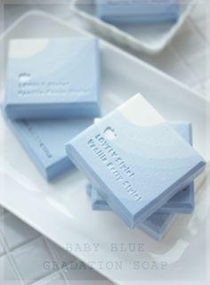 감성 비누& 캔들 작업실 바닐라베리 - 비누선물 & 소이캔들답례품 Savon Soap, Cosmetic Design, Homemade Soap Recipes, Soap Packaging, Soap Molds, Cold Process Soap, Home Made Soap, Handmade Soaps, Bath Salts