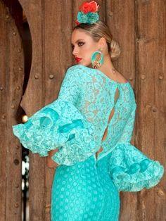 aguamarina-traje-de-flamenca-3 Shoulder Dress, Dresses With Sleeves, Womens Fashion, Long Sleeve, Skirts, Beauty, Statues, Awesome, Luxury