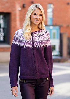 Retro cardigan pattern by Dale Design Fair Isle Knitting Patterns, Yarn Shop, Cardigan Pattern, Knit Jacket, Indian Wear, Knit Crochet, Crochet Tops, Retro, My Style
