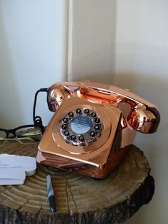Shiny Retro phone, Vintage corded telephones in copper colour for old style retro looking homes, The no 1 retro gift for her and him at Smithers of Stamford online Shop Telephone Retro, Retro Phone, Royal Mail Post Office, Copper Highlights, Vintage Phones, Home Phone, Furniture Care, Vintage Typewriters, Wooden Crates