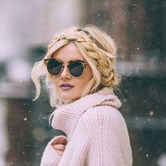Front Row Braid Tutorial - Barefoot Blonde by Amber Fillerup Clark