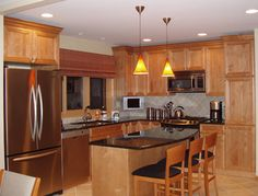 maple kitchen cabinets with dark hardwood floors | Granite Light Maple Cabinets Design Ideas, Pictures, Remodel, and ...