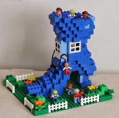 Build With Me Blog: Duplo Mother Goose: The Old Woman in the Shoe