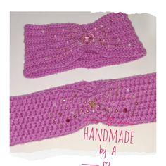 """6 To se mi líbí, 0 komentářů – Andrea G. (@___handmade_by_a___) na Instagramu: """"* Čelenka zdobená korálky 💗 #crochet #crocheting #crochetclothes #headband #crochetheadband #pink…"""" Crochet Hats, Accessories, Instagram, Fashion, Knitting Hats, Moda, Fasion, Trendy Fashion, La Mode"""