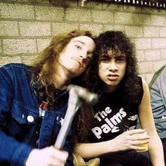 Find images and videos about metallica, kirk hammett and cliff burton on We Heart It - the app to get lost in what you love. Metallica, Jason Newsted, Cliff Burton, Robert Trujillo, Dave Mustaine, Bass Guitar Lessons, Kirk Hammett, Heavy Rock, James Hetfield