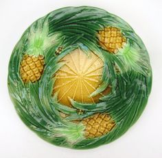 George Jones majolica pineapple plate, 9""