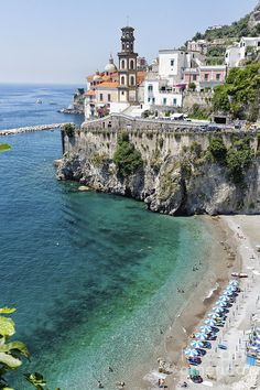My heart aches when I think of home ✮ Beach at the Amalfi Coast - Italy  Love Amalfi...wonder if the people there realize the beauty....