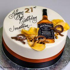Milestone Cakes cakes for men 21st Birthday Cake For Guys, Easy Birthday Cake Recipes, 21st Cake, Homemade Birthday Cakes, Adult Birthday Cakes, Unique Cakes, Creative Cakes, Jack Daniels Cake, Bottle Cake