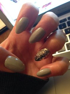 First time pinning my own nails!!! #Stiletto #Nails #sparkle