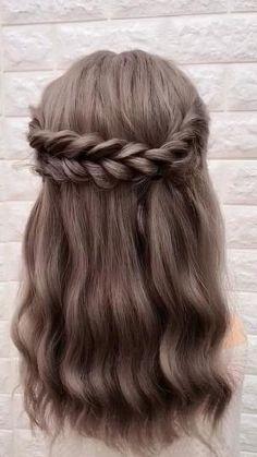 Hair Up Styles, Medium Hair Styles, Hair Medium, Plait Styles, Medium Long, Cute Hair Styles Easy, Medium Length Wedding Hair, Medium Hair Braids, Easy Hairstyles For Long Hair