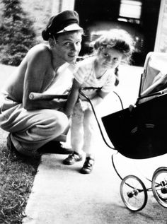 Frank Sinatra with daughter Nancy