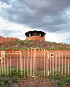 The Great Wall of WA by Luigi Rosselli Architects   Yellowtrace