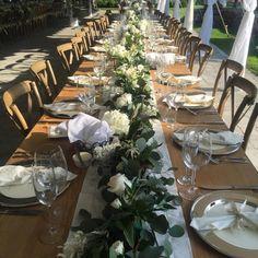 Country Gardeners FloristさんはInstagramを利用しています:「Live table runner with eucalyptus, hydrangea, roses, astilbe & spray roses #tablerunner #weddingflowers」