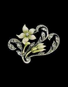 This is not contemporary - image from a gallery of vintage and/or antique objects. ART NOUVEAU Snowdrop Brooch Gold Silver Enamel Diamond H: cm in) W: cm in) Marks: Indistinct makers marks Numbered twice French, Old Jewelry, Gems Jewelry, High Jewelry, Jewelry Art, Antique Jewelry, Jewelery, Silver Jewelry, Jewelry Accessories, Vintage Jewelry