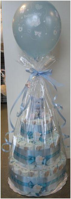 Nuttig geboortegeschenk: Pampertaart www.kadooken.be