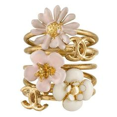 Chanel Flower Stackable Rings ($465) ❤ liked on Polyvore featuring jewelry, rings, accessories, chanel, fillers, stacking rings jewelry, flower ring, couture jewelry and stackable rings