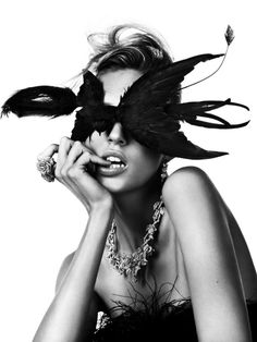 Anja Rubik by Josh Olins - Bal Masqué: Le sens de la fete (Vogue Paris) Anja Rubik, Steven Meisel, Vogue Paris, Editorial Photography, Fashion Photography, Feather Photography, Photography Poses, Street Mode, Tv Movie