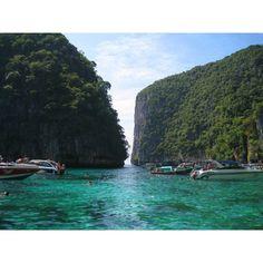 "Seyahat Kristal Dağ ""Phuket"" ❤ liked on Polyvore"