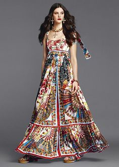 dolce and gabbana summer 2015 woman collection 86 2015 Fashion Trends, Fashion 2020, High Fashion, Casual Dresses, Fashion Dresses, Everyday Dresses, Dressed To The Nines, Colorful Fashion, Beautiful Dresses