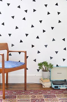 DIY | triangle wall decals @burkatron