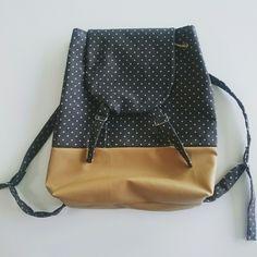 Sac à dos Drawstring Backpack, Creations, Backpacks, Fashion, Bag, Moda, La Mode, Drawstring Backpack Tutorial, Women's Backpack