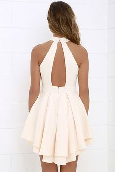 When the spotlight falls on you, you'll be grateful to be donning a number as cute as the Dress Rehearsal Peach Skater Dress! Back cutout meets a full skater skirt. Hoco Dresses, Cute Dresses, Beautiful Dresses, Casual Dresses, Summer Dresses, Peach Homecoming Dresses, Peach Dresses, Shift Dresses, Graduation Dresses