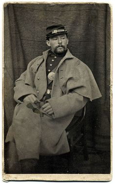 Federal infantryman dressed in a great coat